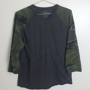 American Eagle 3/4 sleeve tee
